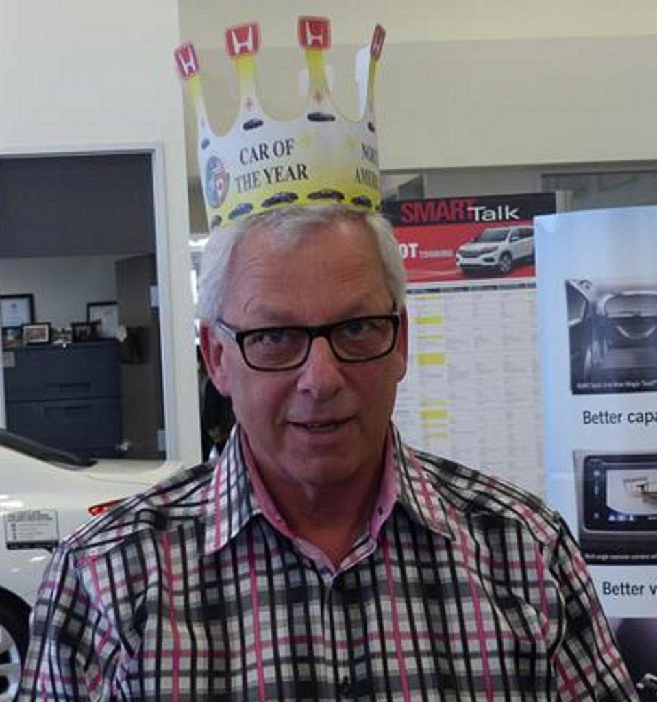 Single Crown Brad